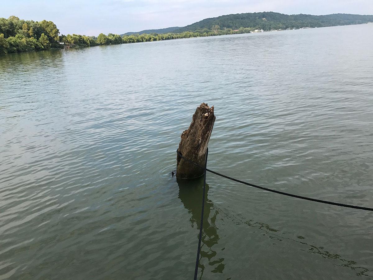 Marc Phelps Jon Boat tied to log at Cannelton Locks