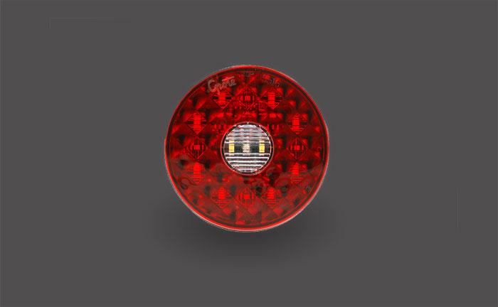 Feux arrêt/arrière/clignotant ovales à DEL de quatre pouces avec feux de recul intégré