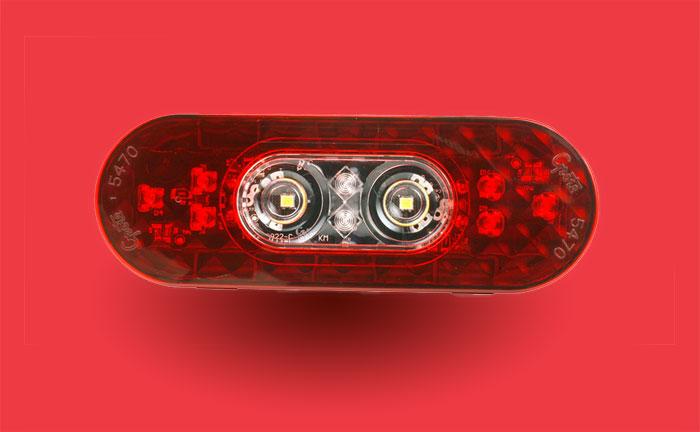 Feux arrêt/arrière/clignotant ovales à DEL de six pouces avec phare de recul intégré