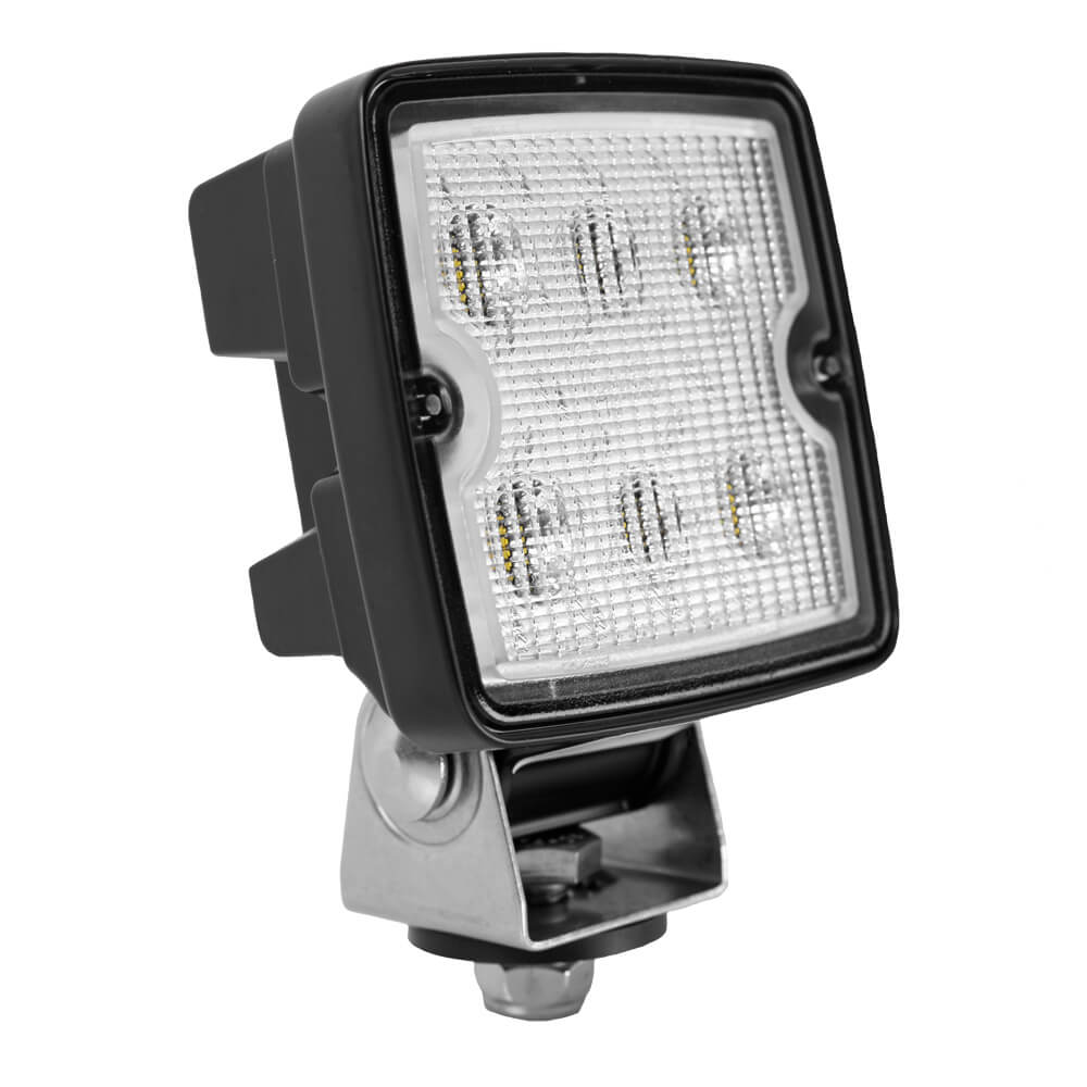 Trilliant Cube LED Work Light With Tier 2 Output.