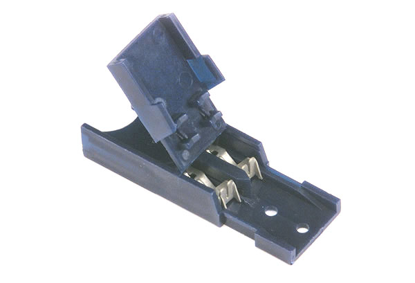 Self Stripping Fuse Holder for Standard Blade Fuses
