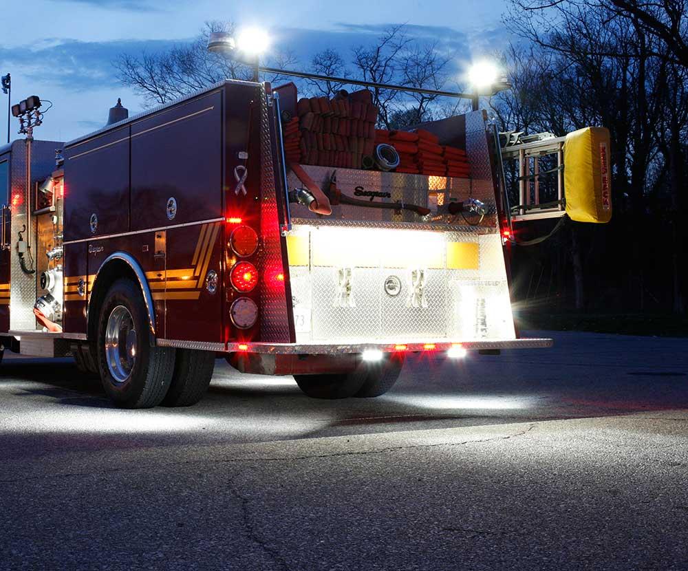Luces Grote en camión de bomberos