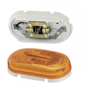 45933 – Two-Bulb Oval Pigtail-Type Clearance Marker Light, Built-in Reflector, Yellow