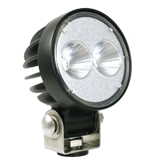 64G01 – Trilliant® 26 LED Work Light, w/ Pigtail, 1800 Lumens, Pendant Mount, Far Flood