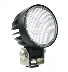 64G11-5 – Trilliant® 26 LED Work Light, w/ Pigtail, 1800 Lumens, Pendant Mount, Near Flood, Retail Pack