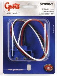 67090-5 – Universal 3-Wire 90° Plug-in Pigtail For Female Pin Lights, 13″ Long, Chassis Ground, Blunt Cut Wires, Retail Pack