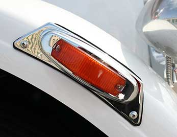 Grote clearance / marker light on heavy duty truck
