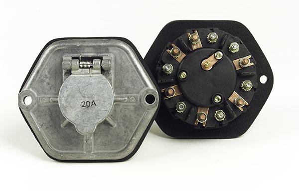 82-0855 – Zinc Die Cast 7-Way Socketbreakers, 20A Circuits, Metal Split Pin