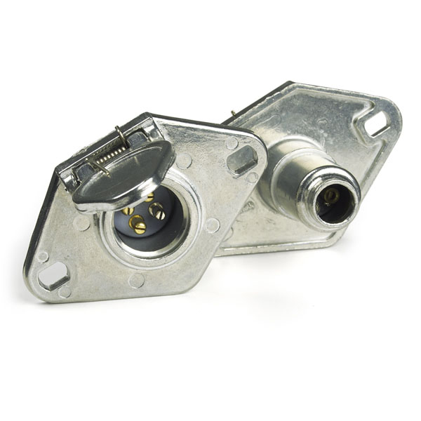 82-1020 – Heavy Duty 4-Way Connectors, Socket With Enclosed Terminals