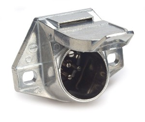 82-1047 – Heavy Duty 7-Way Connectors, Socket w/ Exposed Terminals