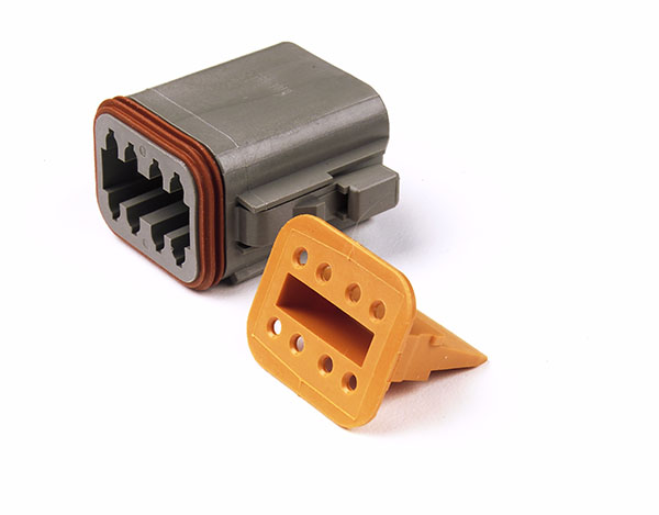 84-2479 – Deutsch – DT Series Housing & Wedgelocks, 8-Way Male Plug