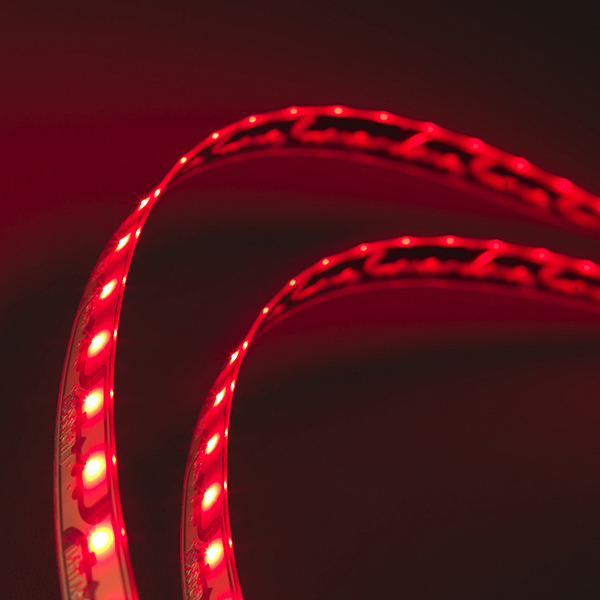 L105116027 – LightForm® Exterior LED Strips, Red, 181.42 in | 4608 mm