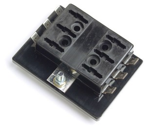 82-2303 – Fuse Panel For Standard Blade Fuses, (6 Position)